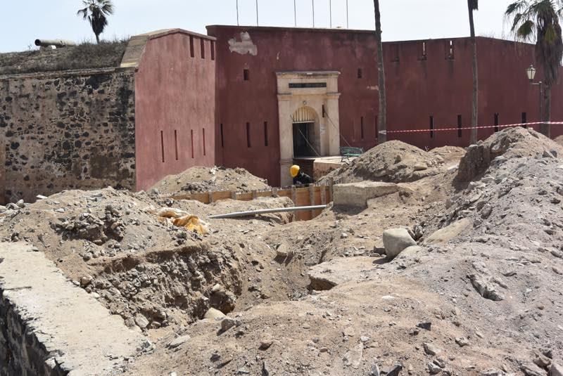 You are currently viewing Travaux sur l'île de Gorée : Construire pour survivre