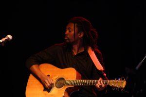 Read more about the article Musique: Hervé Samb : ''Mon projet avec Omar Pène''