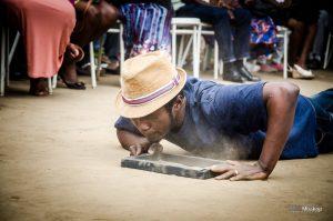 Read more about the article Arts Visuels: Découverte de Isaac Sahani de la RDC