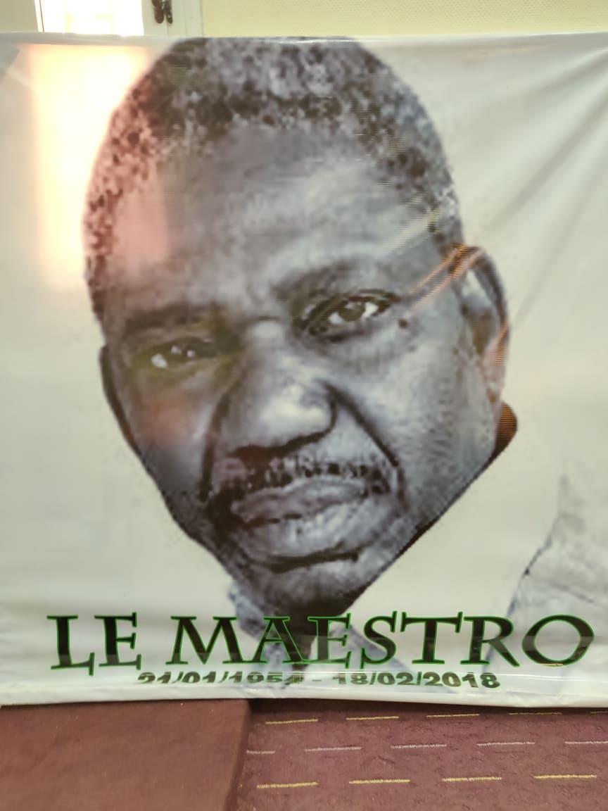 Read more about the article Des universitaires revisitent l'œuvre du défunt cinéaste burkinabé Idrissa Ouédraogo (1954 – 2018)