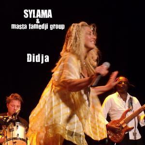 Read more about the article Musique : A bâtons rompus avec Sylama, artiste-chanteuse Franco-Italienne