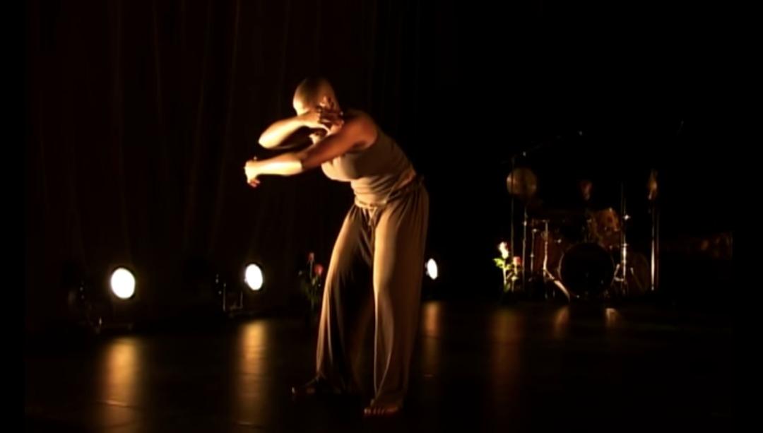 Read more about the article La renaissance: « Espace vide : moi » de Nadia Beugré